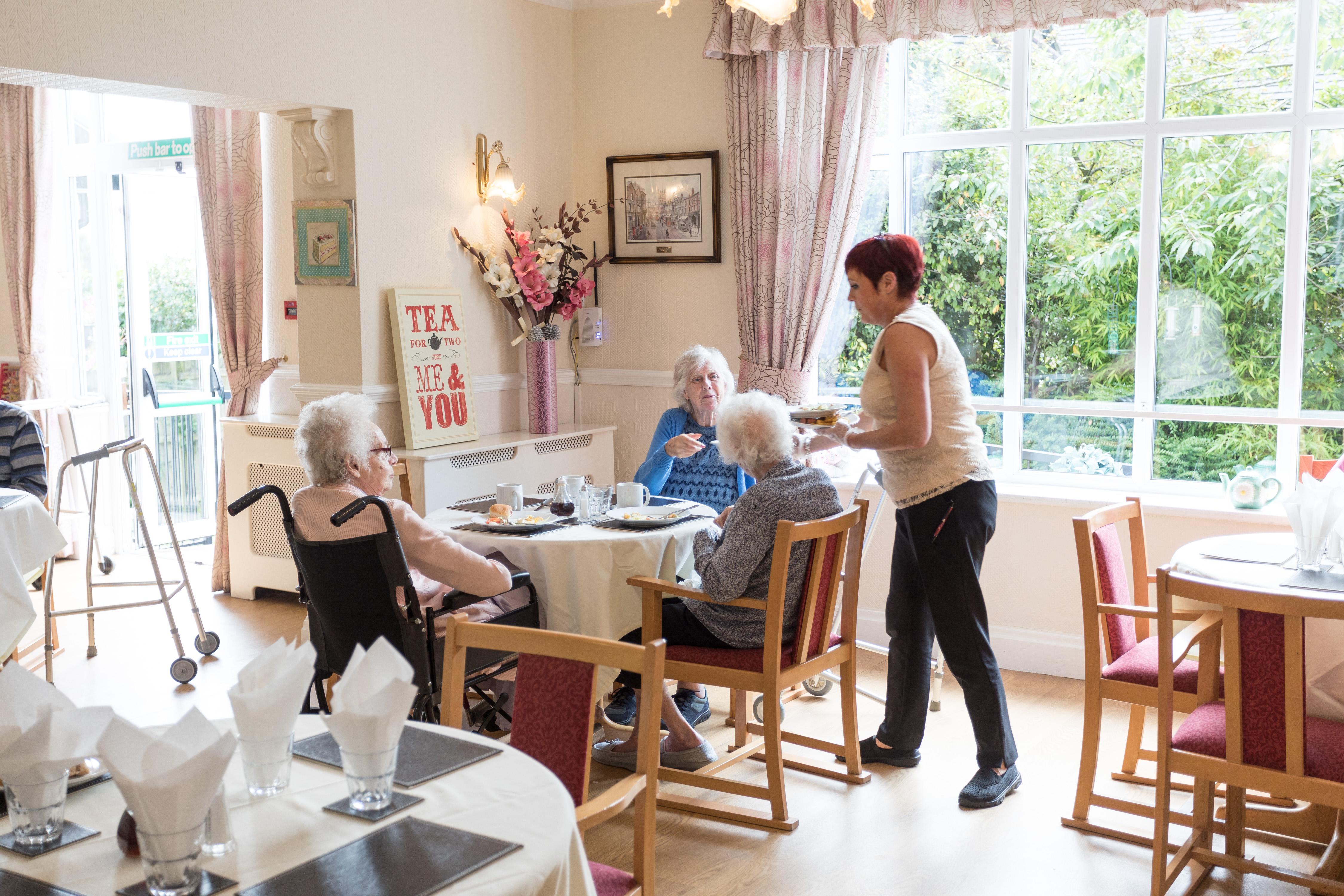 Nursing Home In Ashton Under Lyne Moss Cottage